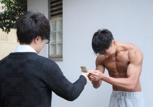 カツアゲされるマッチョ/reference photo for drawing muscle@写真 マッチョ
