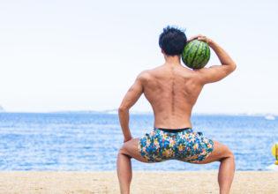 海とスイカとマッチョ3/reference photo for drawing muscle at the beach@フリー素材 夏
