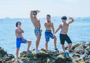 ジョ〇ョ立ちをキメるマッチョたち/reference photo for drawing muscle at the sea/jojo pose@モデル 筋肉