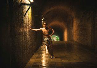 ダンジョンにマッチョを求めるのは間違っているだろうか3/reference photo for drawing muscle at forest /dungeon@モデル 筋肉