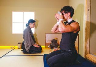 まっちゃをいただくマッチョ/reference photo for drawing muscle /japanese tea party/maccha@茶会 マッチョ