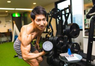 あれ?ダンベルどこやったっけ?3/reference photo for drawing muscles/physique@著作権フリー 画像 筋肉