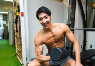 マッチョとジムなうに使って良いよ/reference photo for drawing muscle/workout at gym@著作権フリー 画像 筋肉