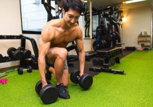 ダンベルを床にそ〜っと置くマッチョ/reference photo for drawing muscles/physique@福岡 ジム