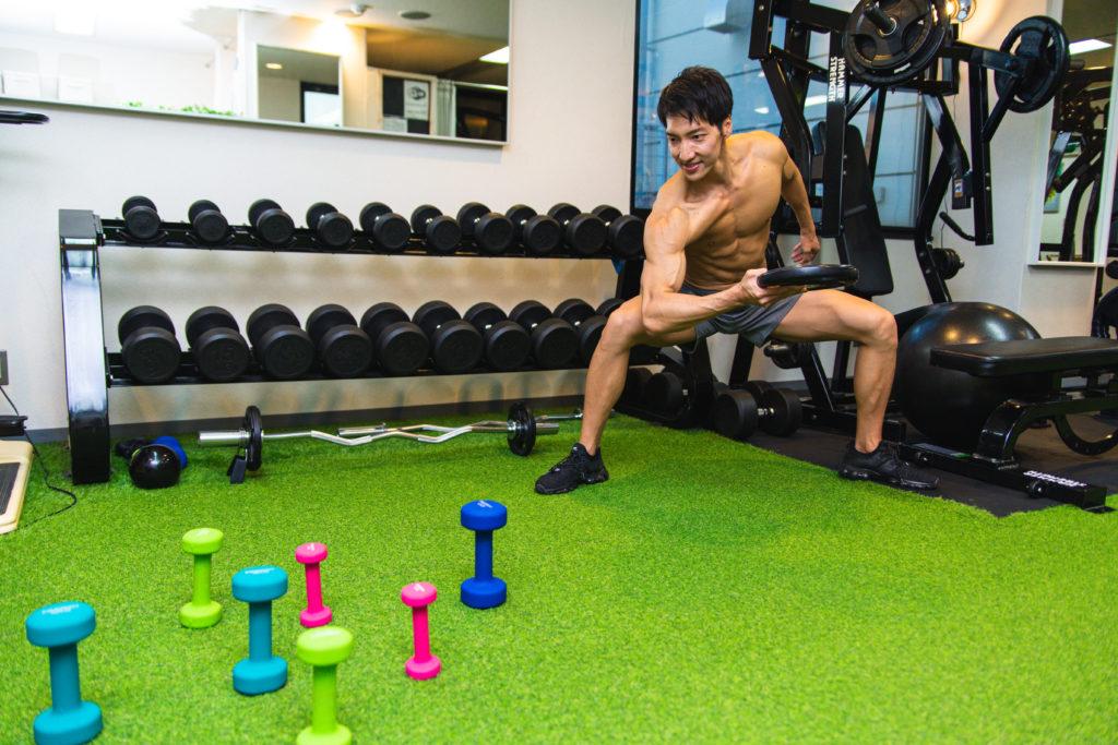 マッスル輪投げ2/reference photo for drawing muscles/physique@フリー素材 ジム