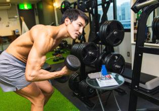 あれ?ダンベルどこやったっけ?2/reference photo for drawing muscle/workout at gym@ジム 福岡 天神