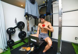 ジムで生活するマッチョ6/reference photo for drawing muscles/physique@フリー素材 ジム