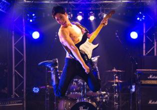 け○おんなマッチョ/reference photo for drawing muscle /live music club@バンド フリー素材