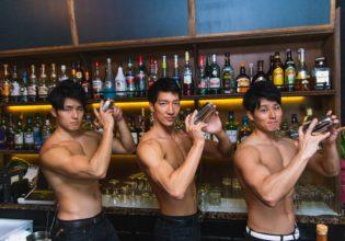 マッチョなバー/reference photo for drawing muscle bartender@バーテンダー 写真 フリー