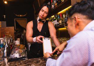お会計29万円です(抹茶味のプロテイン1杯飲んだだけ)/reference photo for drawing muscle bar@筋肉 バー