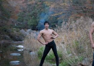 河原のマッチョ3(縦写真)/reference stock photo muscle clean up@モデル 筋肉