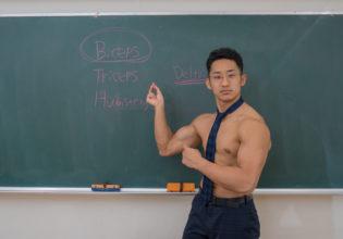 マッチョ先生/reference stock photo muscle at high school teacher@フリー素材 筋肉