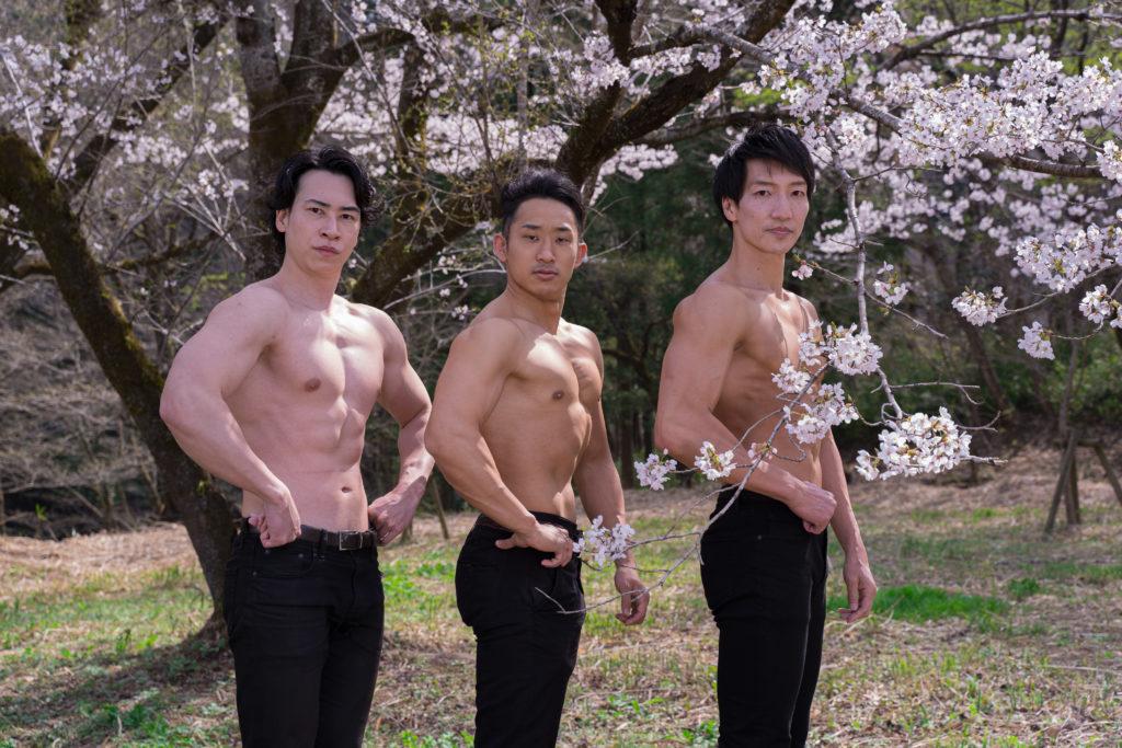 桜とマッチョ@モデル 筋肉