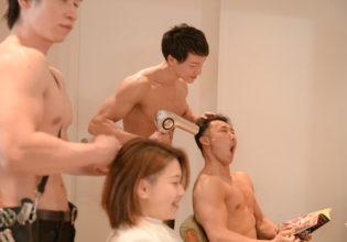 ドライヤーが近すぎるアシスタントマッチョ/reference stock photo muscle beauty salon blow dryer@写真 マッチョ