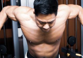 ケーブルフライをする大胸筋(伸長時)/reference stock photo muscle chest@アスリートモデル マッチョ