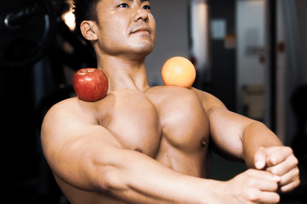 大胸筋とりんごとオレンジ/reference stock photo muscle pecs and fruits@アスリートモデル マッチョ