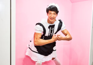 【メイド喫茶のマッチョ】マッチョメイドのモストマスキュラー/reference photo for drawing maid macho/maid cafe@フリー素材 メイド喫茶